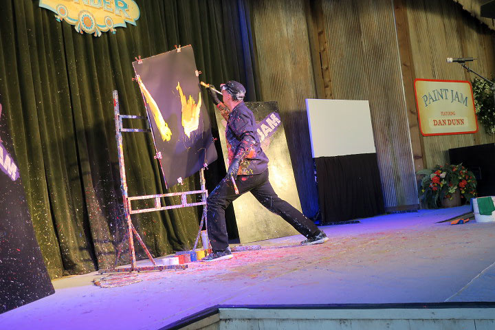 speed painter at Silver Dollar City