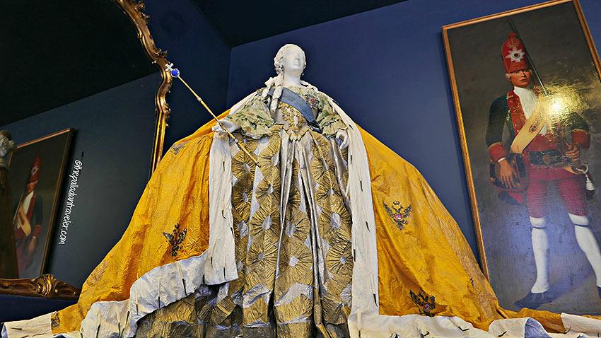replica ballgown of Empress Elizabeth