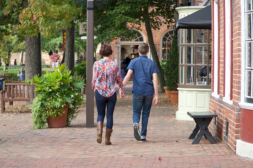 a couple at Williamsburg, Virginia