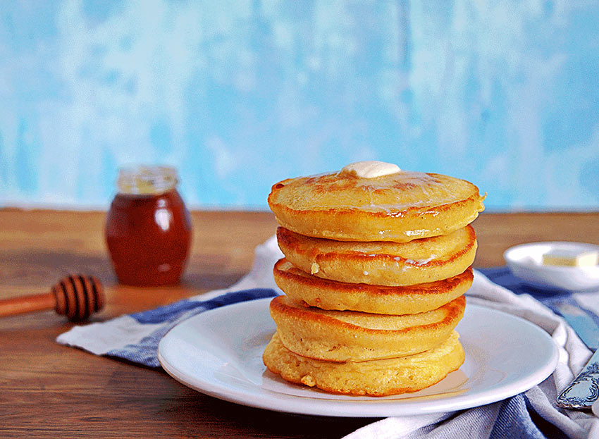 Rhode Island: Johnnycakes with Maple Syrup