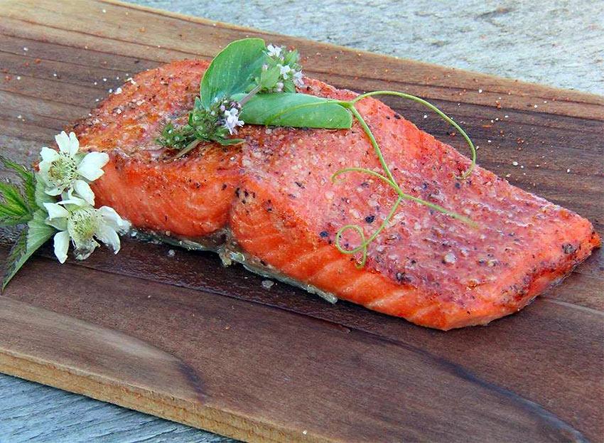 Washington: Cedar Plank Salmon