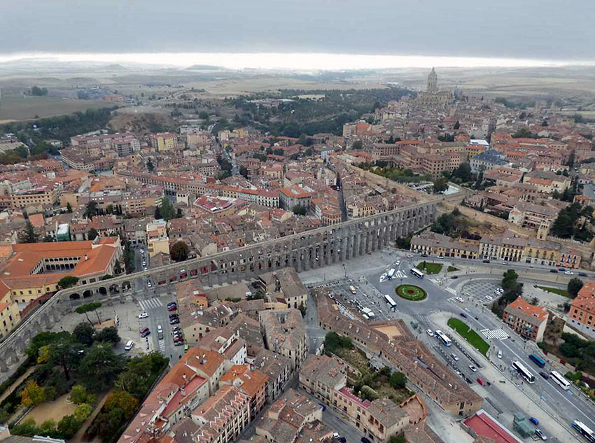 aerial view of the Segovia Aqueduct