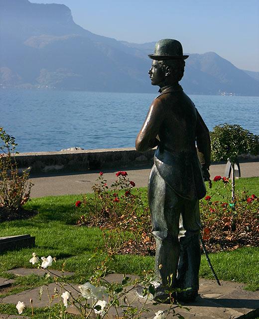 The Little Tramp statue on the banks of Lake Geneva