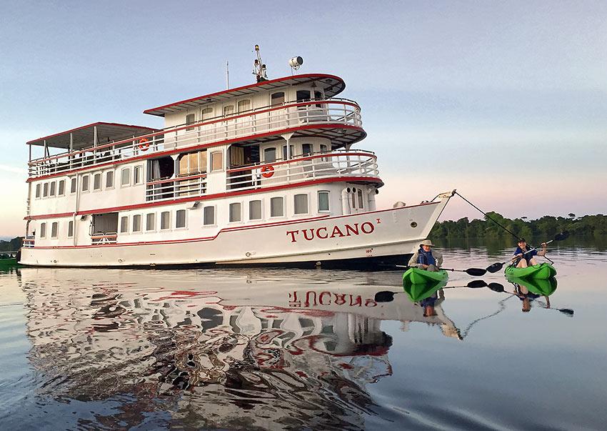 river yacht Tucano