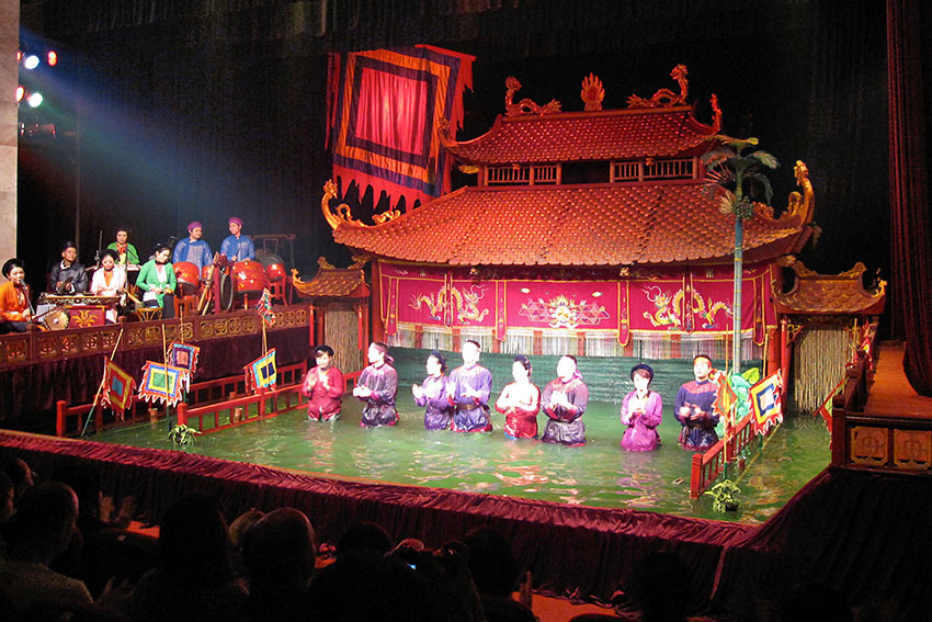 water puppet show at the Thang Long Water Puppet Theater