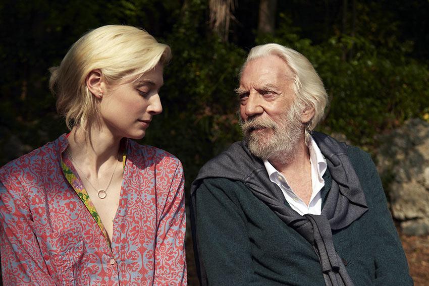 Elizabeth Debicki and Donald Sutherland in 'The Burnt Orange Heresy'