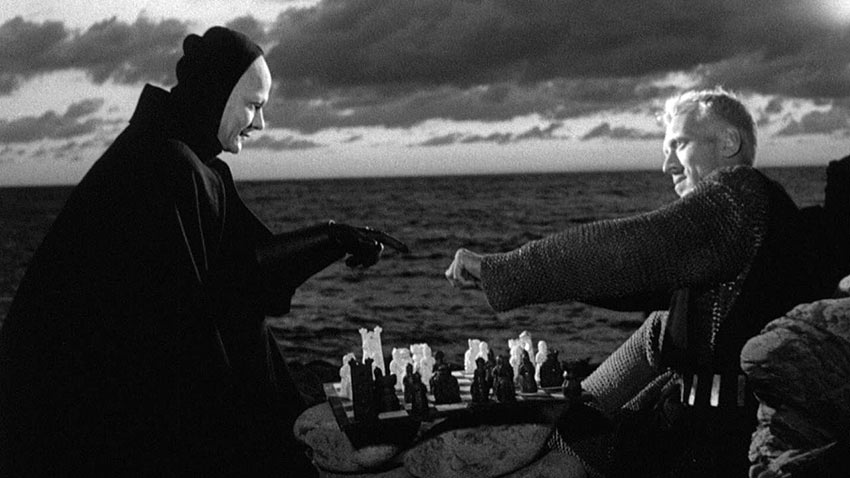 Max von Sydow's knight plays a game of chess with Death