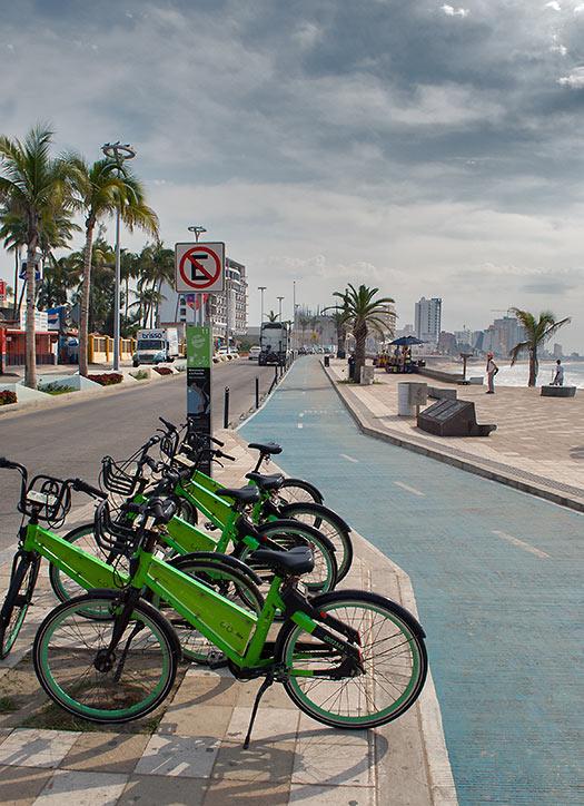 Mazatlan Malecon bike and walkway