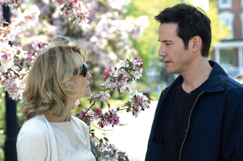 Robin Wright as Pippa Lee with Keanu Reeves as Chris