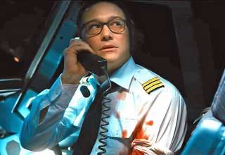 Joseph Gordon-Levitt as Tobias Ellis in 7500