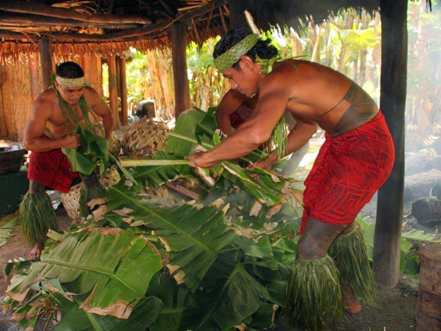 making lunch at the Samoan Village