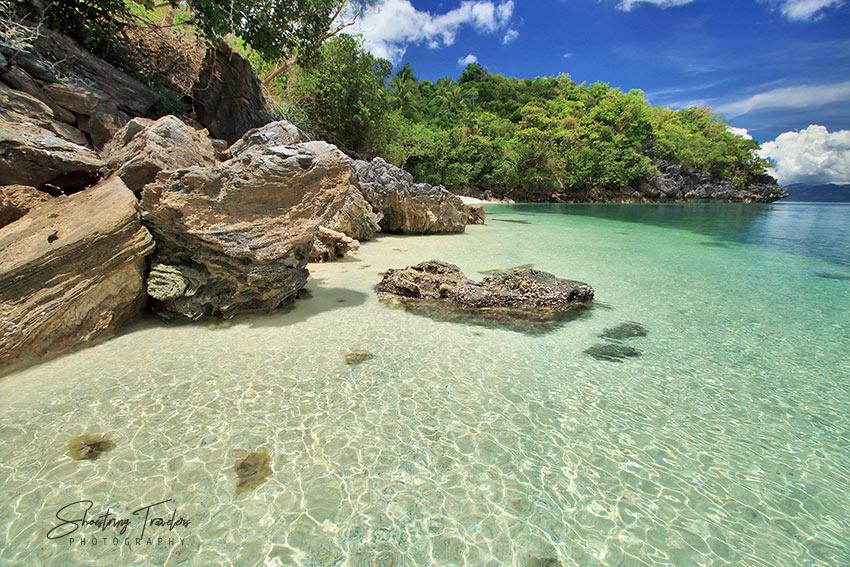 Talipasak Beach in Romblon Island