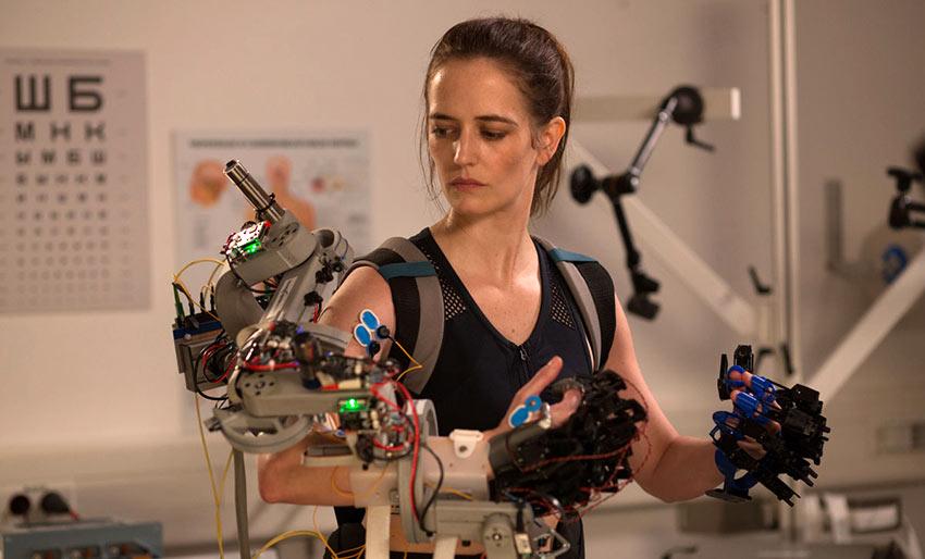 Eva Green as Sarah in astronaut training