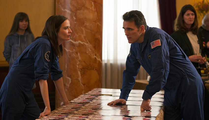 Sarah (Eva Green) with Flight Commander Mike Shannon (Matt Dillon) in 'Proxima'