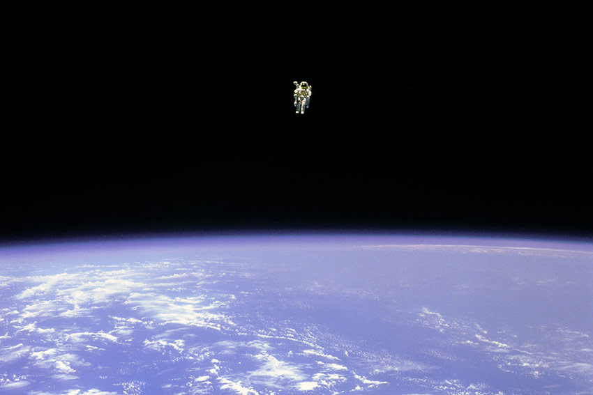 Astronaut McCandless floating free in space