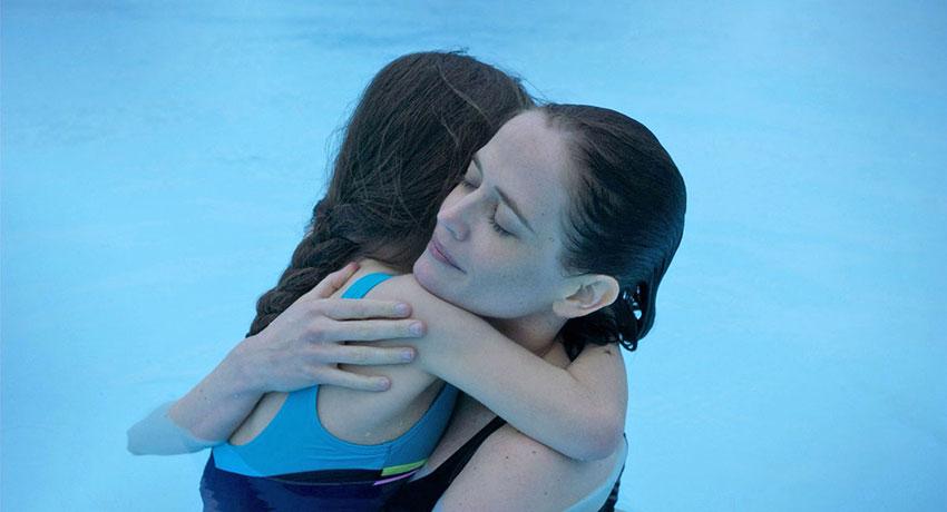 Zélie Boulant-Lemesle and Eva Green in 'Proxima'