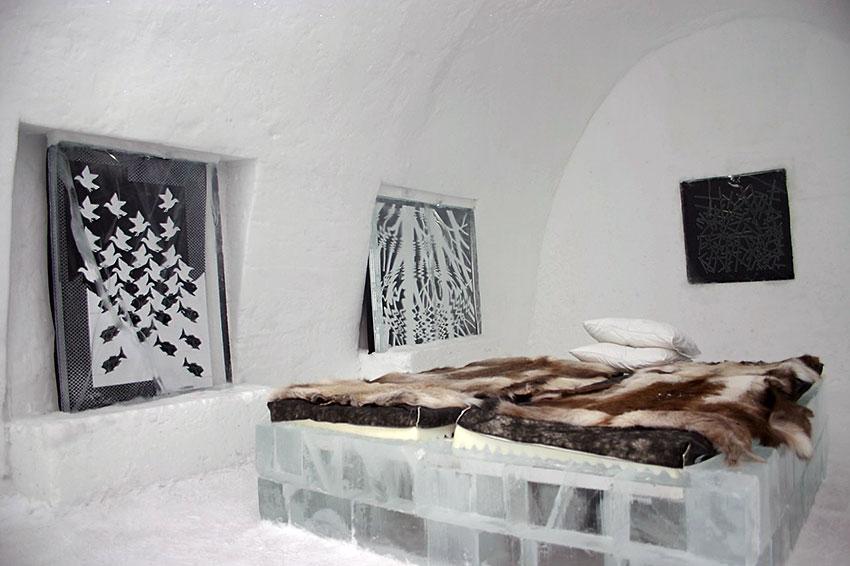 interior of a room at the Icehotel in Jukkasjärvi